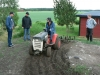 Kenny harvar vidare. Dennis, Johan och Janne inspekterar. 070613