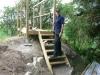 Keijo har fixat trappor till tornet. 070613