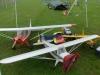 Dennis PA-12 och Monas J3 Cub fick gosa i ett partytält med några andra modeller.