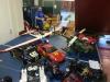 Bilar, segelplan och helikoptrar.. och en Mullis i bakgrunden.