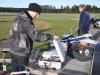 Johan ska flyga med sin Quadcopter.